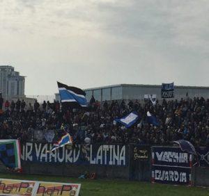 Curva_tifosi_Latina_calcio