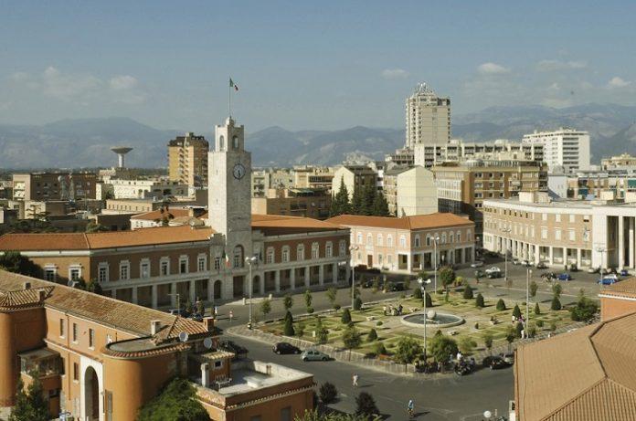 piazza del popolo latina