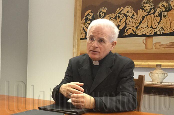 Vescovo Crociata