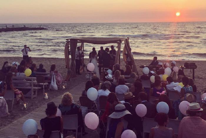 Matrimonio Spiaggia Sabaudia : Matrimonio di rutelli junior a sabaudia è polemica sui fuochi di