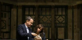 "Tom Hanks e Felicity Jones nel film ""Inferno"""