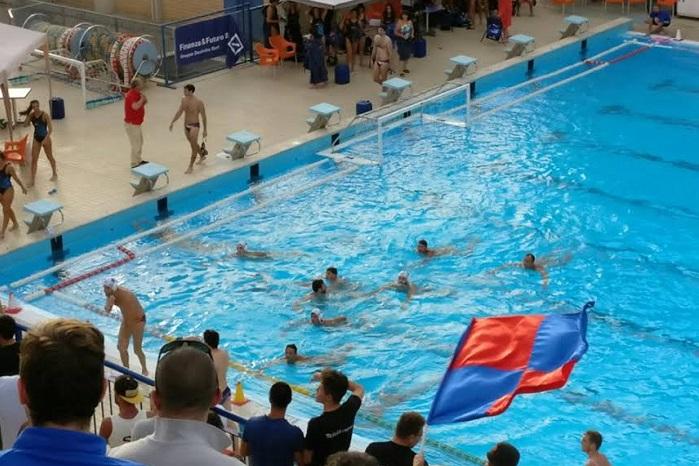 Piscina comunale chiusa antares chiede un 39 ordinanza sindacale e propone una gestione ponte - Agora piscina latina ...