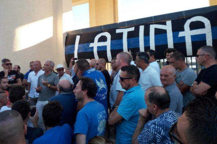 Coletta-tifosi-Latina-Calcio
