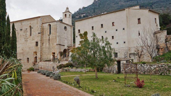 abbazia-s.magno-fondi