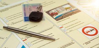 esami di guida con l'aiutino