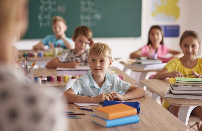 Latina, riapre la scuola tra mille criticità. Mancano docenti e l'assistenza per disabili