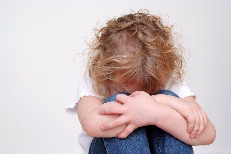 San Felice, atti sessuali davanti la figlia: la bambina nega. Fine di un incubo