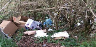 abbandono indiscriminato rifiuti