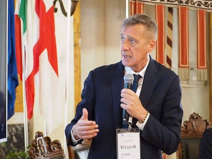 Il Presidente di Confcommercio Lazio e Componente della Giunta Nazionale di Confcommercio Giovanni Acampora