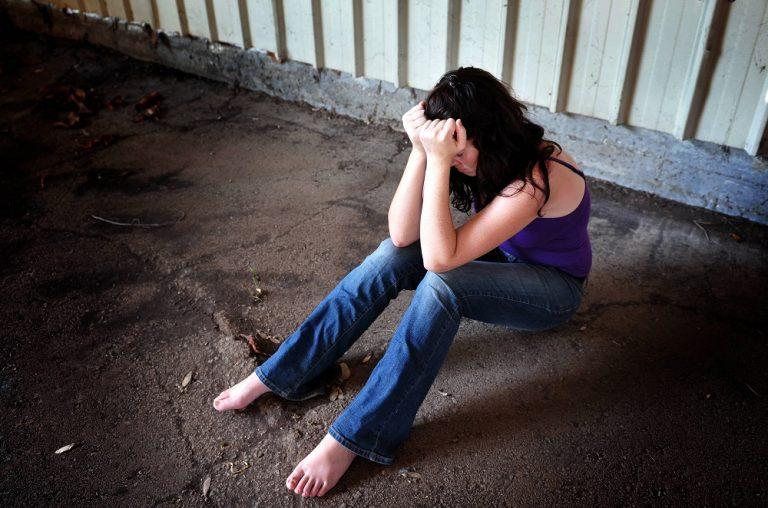 Latina, violenza sessuale alla fermata dell'autobus: 64enne resta in carcere